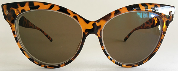 Cats eye sunglasses-front
