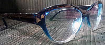 Blue tinted cats eyeglasses
